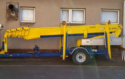 Pronájem vysokozdvižných plošin - Omme Lift 2500 EB